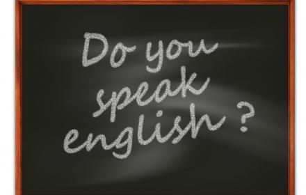 Wissenschaftliches Englisch in der Universität nutzen ist eine Herausforderung. Wie Du Dich wissenschaftlich in Englisch ausdrückst, erfährst Du im folgenden Artikel mit praktischen Beispielen.